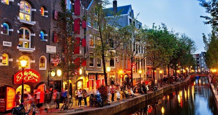 Bedrijfsrecherche Amsterdam foto